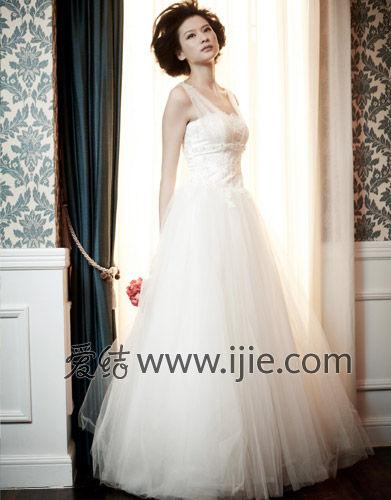 新娘婚纱装_新娘婚纱图片